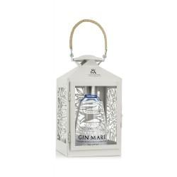 Gin Mare v dárkovém balení...